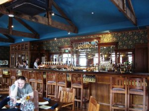 Gustav's Wine Bar