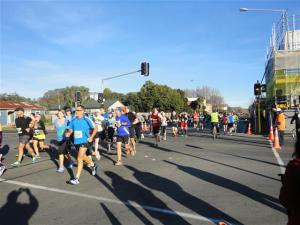 Runners in Kilmore Street