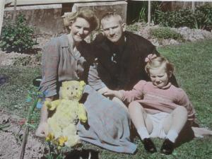 Family 1953 (Small)