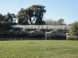 Woolston Cut Floodgates